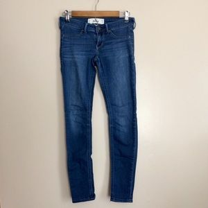 Hollister Low Rise Skinny Jean Jeggings 3R